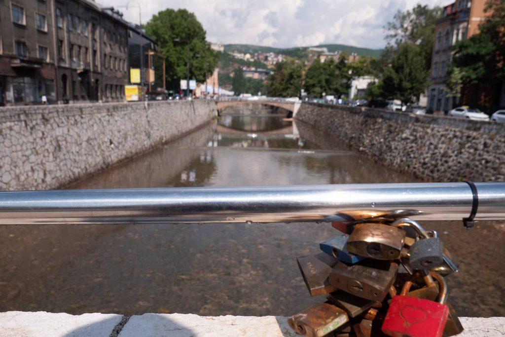 Most Łaciński, tu nastąpił słynny zamach
